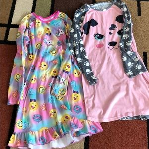 Night gowns
